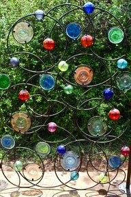 Kitengela Hot Glass has an entire metal works section for making molds, framing for Dalle de Verre designs and the armature or skeleton for chandeliers, as well as garden gates, funky fences and pergolas.