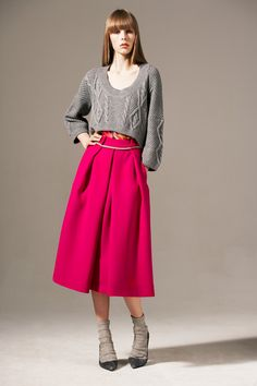 Cropped knit & fuschia skirt