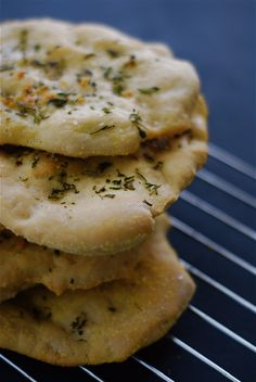 garlic rosemary flatbread
