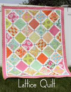 QUILT PATTERN - Lattice Quilt. Uses a Layer Cake and yardage.--use tulip layer cake