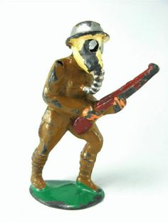 VINTAGE BARCLAY MANOIL LEAD TOY SOLDIER WWII GAS MASK RIFLE