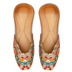 Hand Made Embroidery Work On Rexin Women Shoe « Clothing Impulse