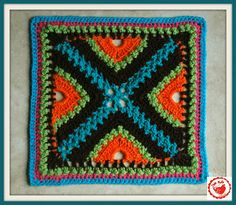 NEW! Jam made: Ocean, Earth and Sky Afghan Block. Pattern here: http://www.ravelry.com/patterns/library/bee-hives-and-clover-afghan-block  ☀CQ #crochet #crafts #how-to #DIY.