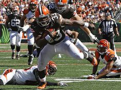 Trent Richardson breaks the plane, humiliates a few Bengals (AP Images)- He has arrived!