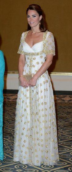 Kate Middleton in Alexander McQueen polka dots. Malaysia, Sept 2012.