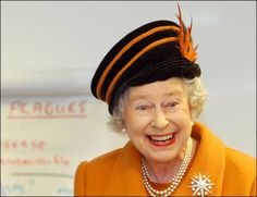 Dude, the Queen has mad style.