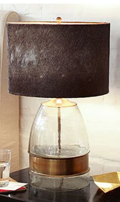 rustic bedside table http://rstyle.me/n/ngfpar9te