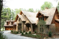 I definitely have a thing for stone and log houses, don't I?