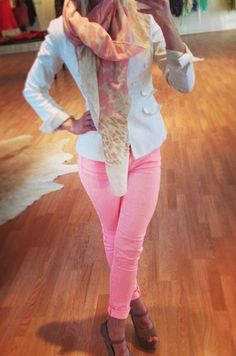 love the light pink pants with the white jacket