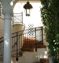 Interior - ? Exterior - ? Nice!