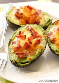 "We love these Avocado Bacon and Eggs - they're so easy too! { <a href=""http://lilluna.com"" rel=""nofollow"" target=""_blank"">lilluna.com</a> }"