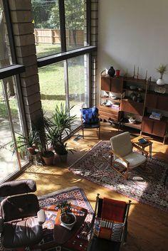 #design // #interior // #livingroom // #midcentury