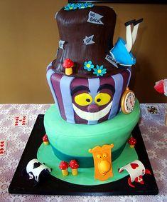 Alice in Wonderland Cake | Cute Cakes | CutestFood.com