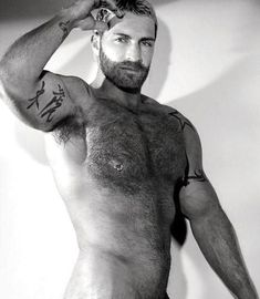 Brutal, one of the very best handsome, hairy muscle and horny macho cachondo of the planet, wow