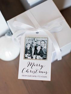 A handmade tag makes a beautifully wrapped gift even more special. Print our free template>>  http://www.hgtv.com/handmade/25-creative-gift-wrap-ideas/pictures/page-2.html?soc=pinterest