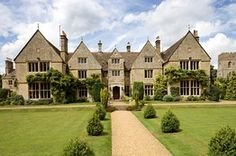 Europe House of the Day - English Country Estate - Photos