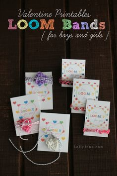 Adorable loom band lover gift idea for Valentine's Day! FREE printable tag! {lollyjane.com}