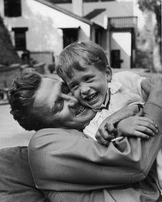 Father's Day hug - Kirk and Michael Douglas