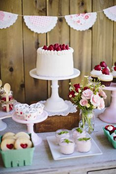 dessert tables, little girls, birthday parties, summer parties, strawberri