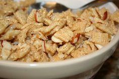 320 * Sycamore: Chewy Almond Chex Mix
