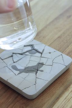 Absorbent Concrete Coasters by Sean Tsai