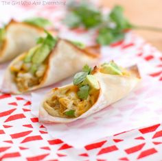 Chicken Verde Wonton Tacos | The Girl Who Ate Everything