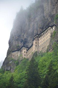 T-r-o-p-i-c-air: Luksic: Landscapes Cloud Castle LucasKemper... clouds, landscap cloud, architectur designz, castl lucaskemp, sumela monasteri, cloud castl, castles, turkey, place