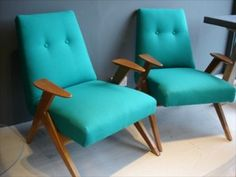 Awesome chairs. Love the wood!