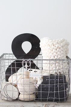 <3 gift baskets, sewing kits, sewing gifts, organ, clutter, boxes, inspir, wire baskets, decor idea
