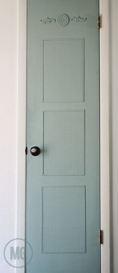 give a builder's grade pantry door some vintage style via @Maggie Massey