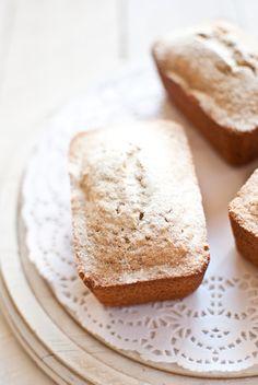 Gluten-free coconut cakes