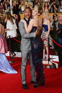 Jennifer Lawrence And Cuba Gooding Jr. Pose Perfectly Together On The Red Carpet