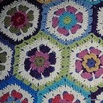 Flower-to-hexagon free #crochet tutorial from Jessie At Home