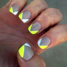 summer festival nails, gray and neon nails, coral and gray nails, geometr nail, neon coral nails