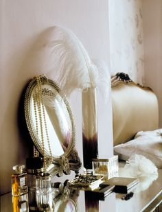 Polly Wreford decor, belle de jour, mirror, vintage glamour, dress tabl, vanities, white gold, feathers, bedroom
