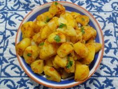 Batatas Bravas - Spicy Portuguese Potatoes! Spice up your life! lol http://portuguesediner.com/tiamaria/batatas-bravas-spicy-potatoes/