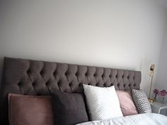 scatter cushions in