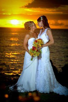 Purple orchid Wedding - Beautiful lesbian brides at sunset