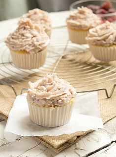 Berry Mascarpone Cupcakes. The perfect recipe for soft & fluffy cupcakes topped with delicious mascarpone frosting. #cupcake #recipe
