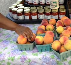 Michigan City Indiana farmers market peaches via Gardenista