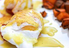 hollandais sauc, tomato sauce, egg