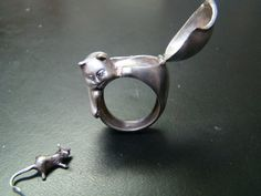 47 Intensely Delightful Pieces Of Animal Jewelry - BuzzFeed Mobile