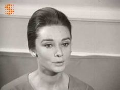 Audrey Hepburn speaking French-- Interviewed by a Belgian Reporter (16th Oct. 1959) - YouTube
