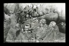 Smithsonian Archaeologists Remove an 8 Foot Nephilim Giant from an Illinois Burial Mound