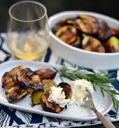 Grilled Figs with Honeyed Mascarpone Recipes