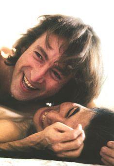 John Lennon & Yoko Ono ~ Photo by Annie Leibovitz