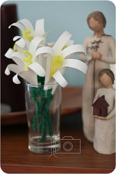 Easter Hand Lilies....a delightful project your children would enjoy helping you create.