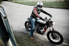 """The ferocious S6 from Spirit of The Seventies, a 904cc """"Dirt Twin"""" Triumph Scrambler. It's one of our picks for the Top 5 Triumph Scrambler customs—click through to see the rest."""