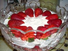 Strawberry Cheesecake Trifle. Photo by mums the word