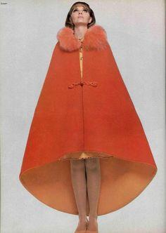 PIERRE CARDIN cape, 1960s